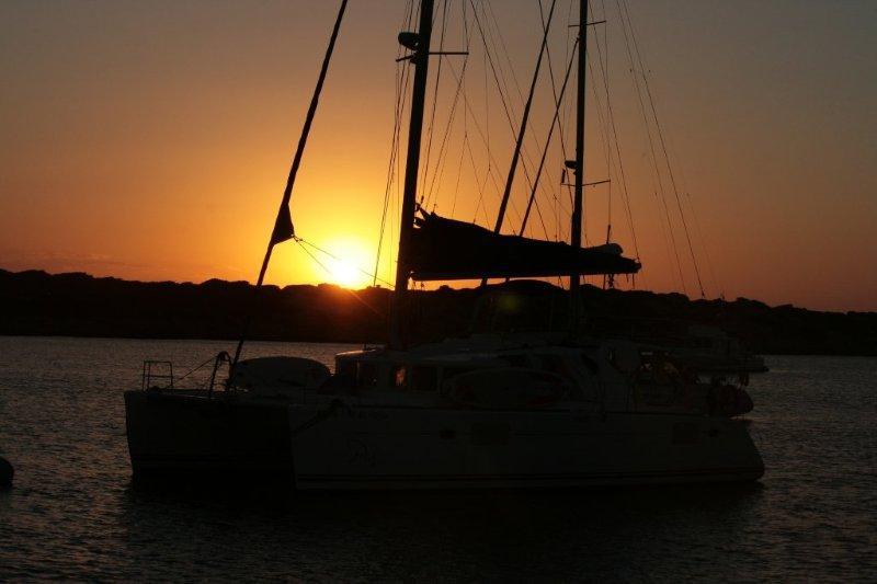 закат на парусной яхте (6)