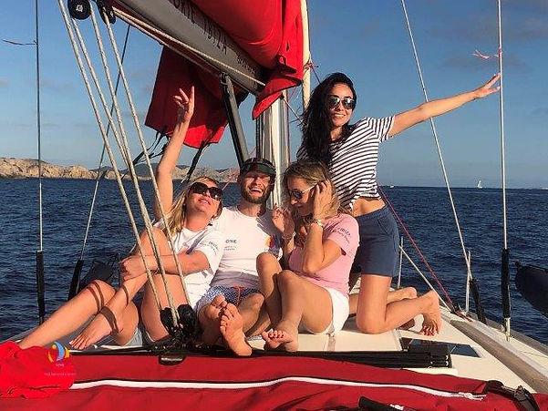 друзья на яхте.jpg