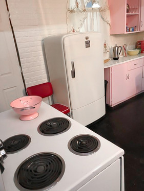 1950's Kitchen with stove