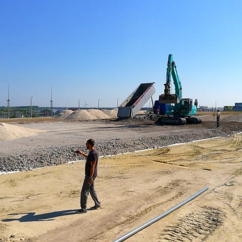 Komplett kivitelezés telephely bővítésre   Rehau-Automotive Kft.   Győr