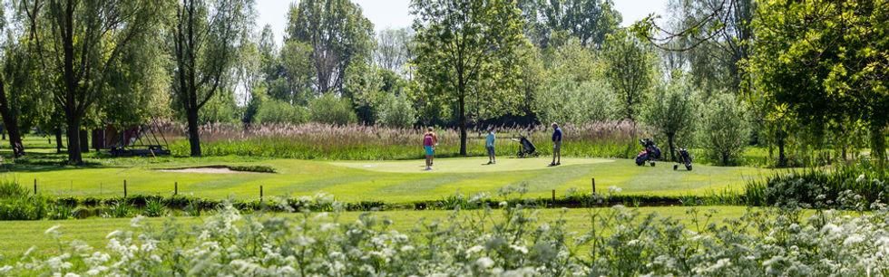 golfbaan breed.jpg