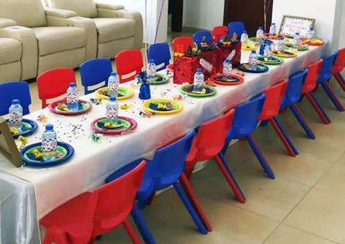Table Setting for Children\'s Birthday Party | Birthday Party Table Set
