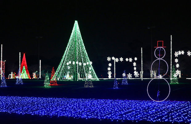 Christmas Nights of Lights 5.jpg