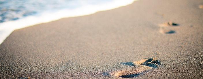 billboard - foot_prints_on_beach.jpg