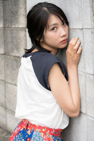 松本穂香が雑誌「OCEANS」に登場!少女の顔とオトナの顔披露!