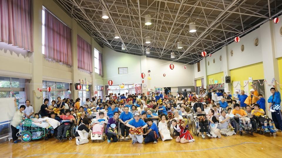 埼玉県かしの木ケアセンター夏祭り出演2013年8月