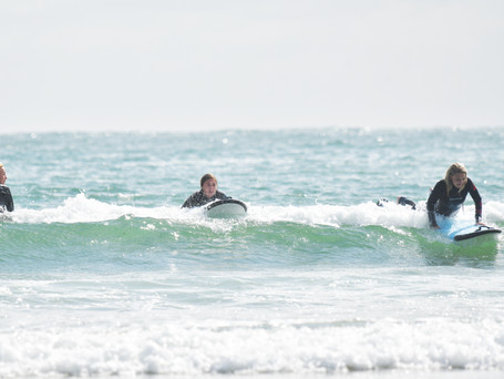 One looking, one trying, one getting it...need to hit the wave right
