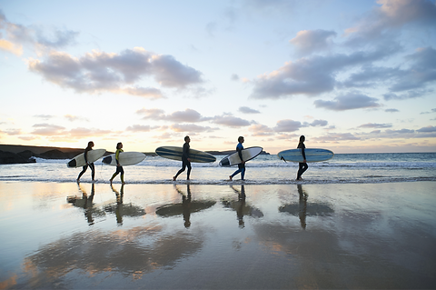 Surfers_edited.png