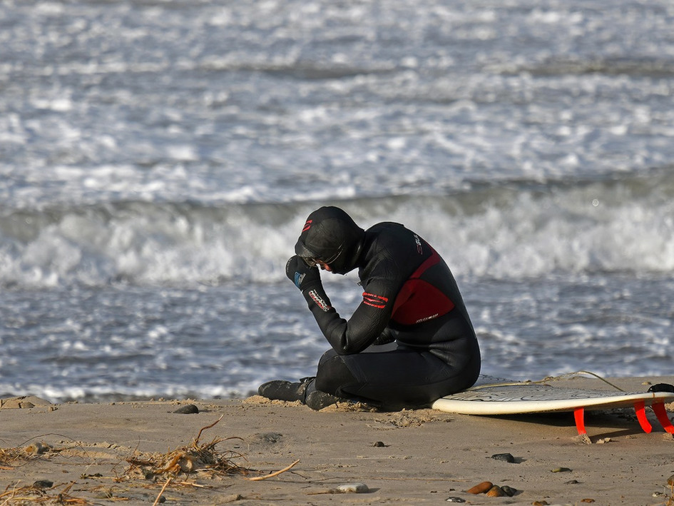 "..""if you got surf-problems I feel bad for you son - I got 99...."""