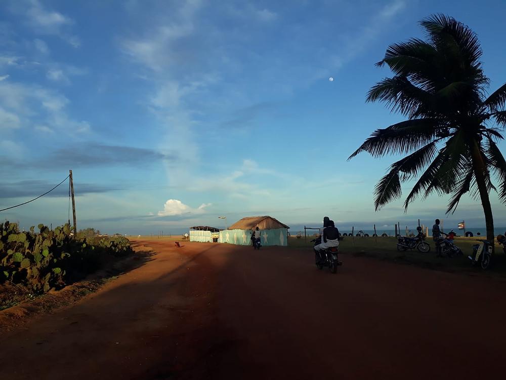 Hiljainen kylätie
