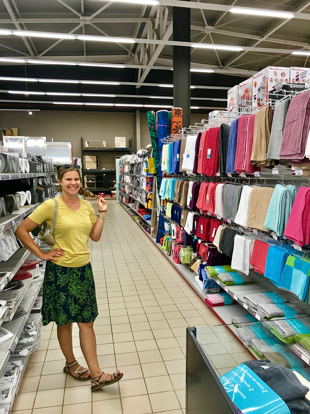 Katja pyyhekaupoilla