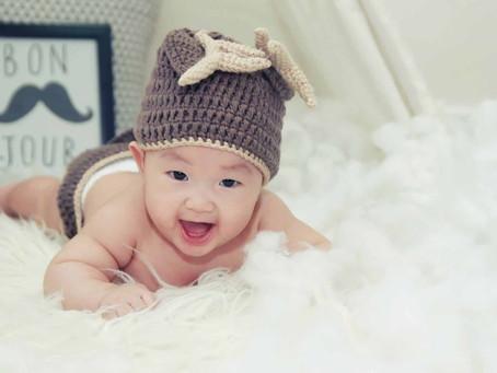 7~9個月寶寶發展|認生、丟東西、什麼物品都往嘴巴塞,原來是這麼一回事!
