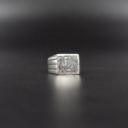 Nicholas (Nicobluearms) Ring