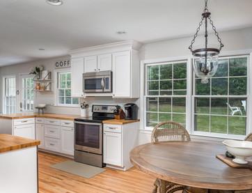 Huntingtowne Dining Room + Kitchen