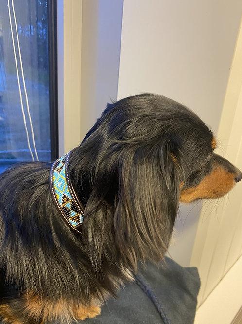 Mimmis halsbånd blå.
