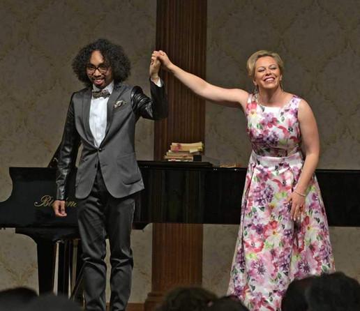 Daniela Fally presents the Young Artists Program of the Vienna State Opera. /   Daniela Fally präsentiert das Opernstudio der Wiener Staatsoper.