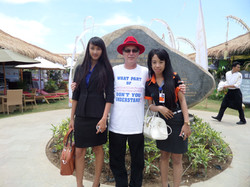 Jerry and the Girls - Nusa  Dua