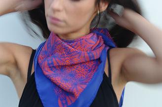 foulard soie TELANO marque LASCLOE