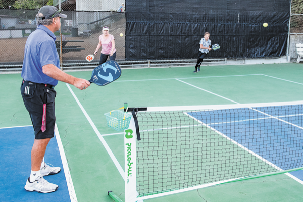 Pickleball players can now hit the court at Strawberry rec district