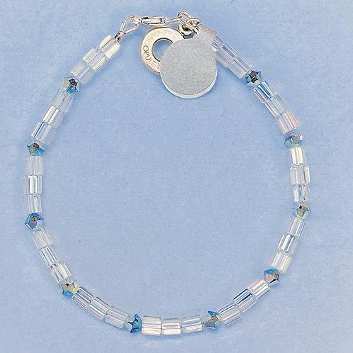 Iridescent glass bead bracelet