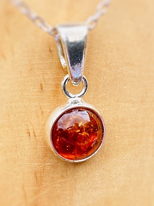 Small round Amber Pendant