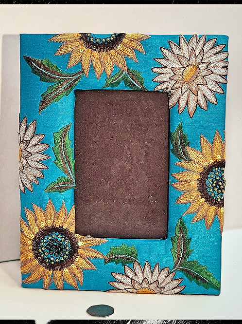 Fair-trade sunflower photo frame