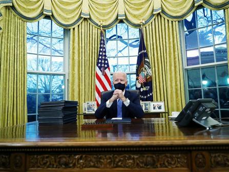 Se alguém respira aliviado com a transição na Casa Branca, é mais prudente voltar a prender o ar (1)
