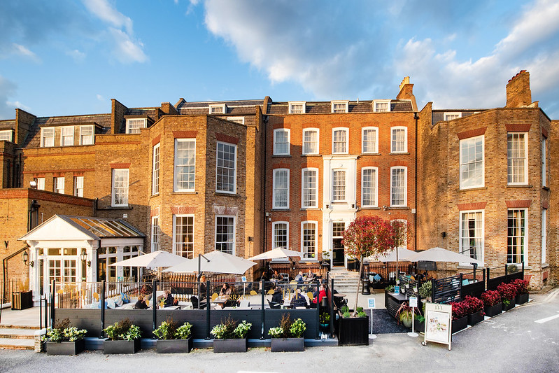 Reconnect with your teams at The Grand Brighton or Richmond Hill Hotel