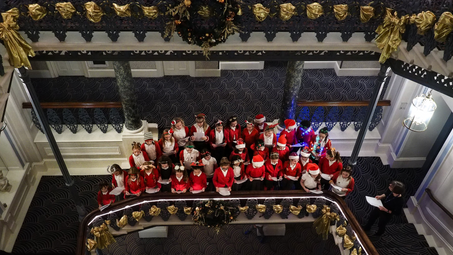 Christmas carols and choral surprises at The Grand Brighton's 2019 Christmas lights switch on