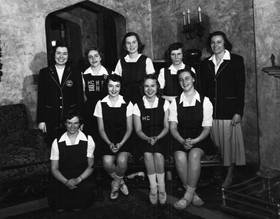 Varsity Hockey 1949.jpg