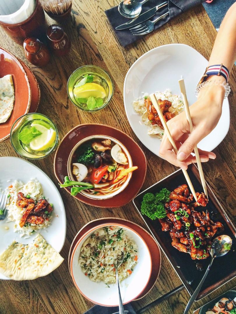 chopsticks-dinner-food-33162.jpg
