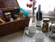White Rabbit London Holiday Lets Hamper