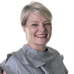 Emma Wardle, Senior Director, Customer Service & Complaints, UK Operations, Capitalone