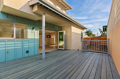 diana exterior deck.png