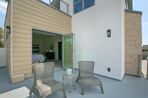 chin 1 - exterior deck.jpg