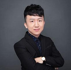 Alex Zhou老师.jpg