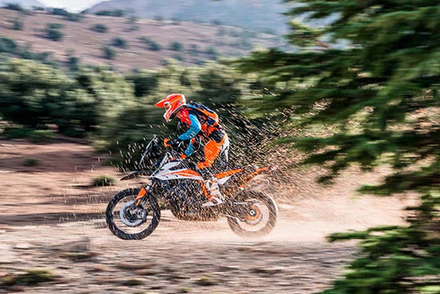 Swarm of Bees .. or.... hmmm-KTM 790 Adventure attacked by dirt or bees-Story Moto ADV Internet Oddest Motorcycles