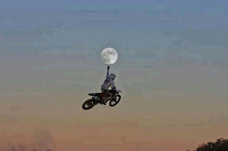 Changing the Tide Ride-Motorcycle jumps to moon-Story Moto ADV Internet Oddest Motorcycles