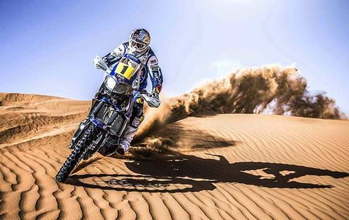 GREAT High Shuuter Shot-Dakar Rider-Story Moto ADV Internet Oddest Motorcycles