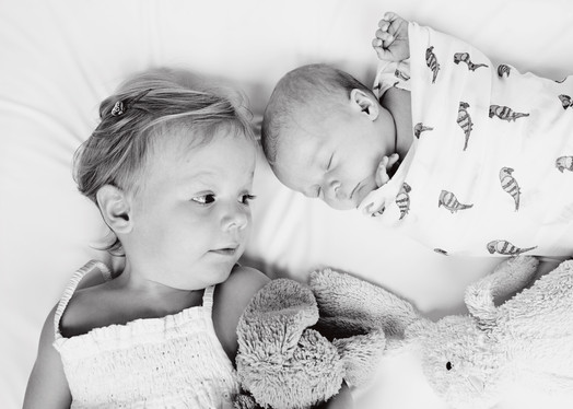 Sibling Newborn Photo