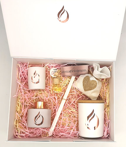 Aromatherapy Deluxe Gift Set White