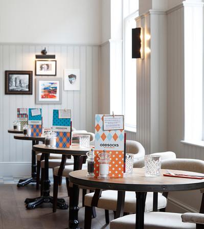 Jurys Inn Cardiff_Central Design Studio_Ian Haigh_03.jpg