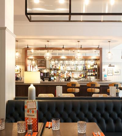 Jurys Inn Cardiff_Central Design Studio_Ian Haigh_02.jpg