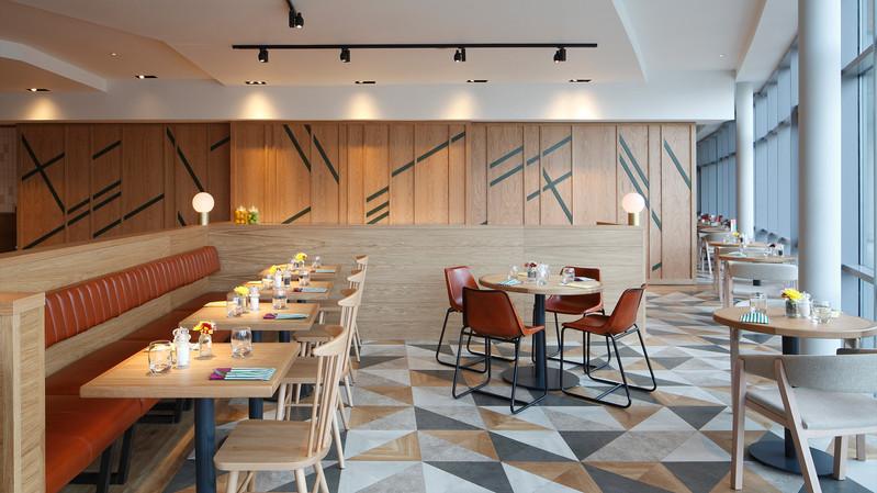 Jurys Inn Liverpool_Central Design Studio_Ian Haigh_22.jpg