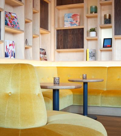 Jurys Inn Liverpool_Central Design Studio_Ian Haigh_03.jpg