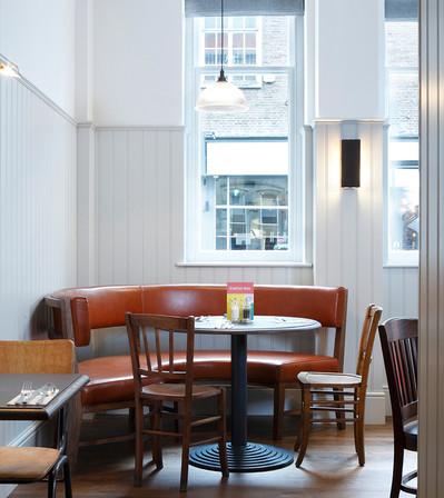 Jurys Inn Cardiff_Central Design Studio_Ian Haigh_11.jpg