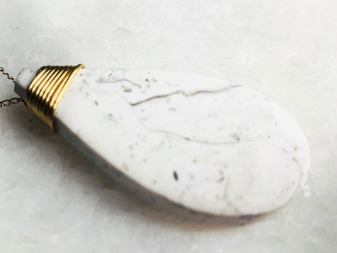 Collier effet marbre