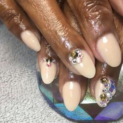 Birthday nails for her milestone. _anndaltondzn enjoy your special day