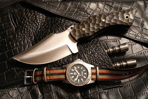 D2 Steel Hunting Knife