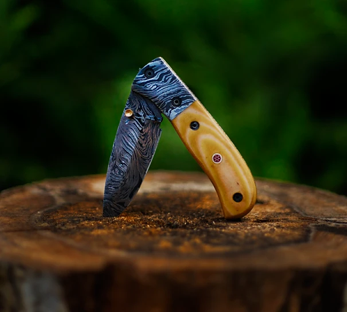 Damascus Steel Folding/Pocket knife